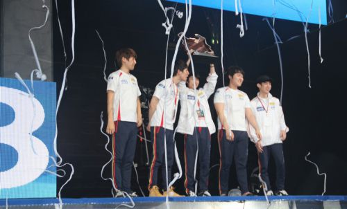 team-dota-2-han-quoc-lai-tiep-tuc-dan-dau-the-gioi 1