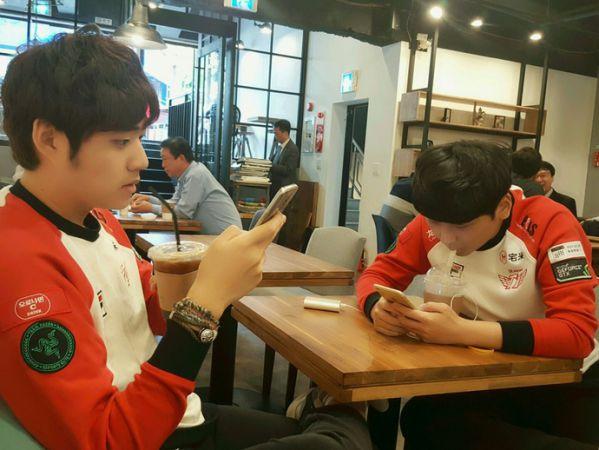 am-duoc-44-ty-tien-thuong-cktg-2016-faker-sam-ngay-kinh-moi 4