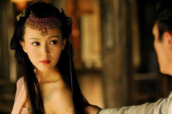 top-4-bo-phim-hot-cua-duong-yen-my-nhan-man-anh-hoa-ngu 1