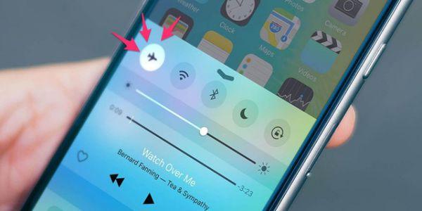8-cong-dung-cua-che-do-may-bay-airplane-mode-tren-smartphone