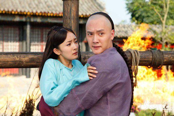 top-5-bo-phim-xuyen-khong-hay-nhat-cua-man-anh-hoa-ngu 4