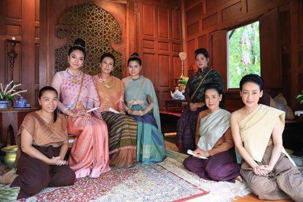 ban-xem-nguoc-dong-thoi-gian-de-yeu-anh-phim-thai-hot-nhat 19