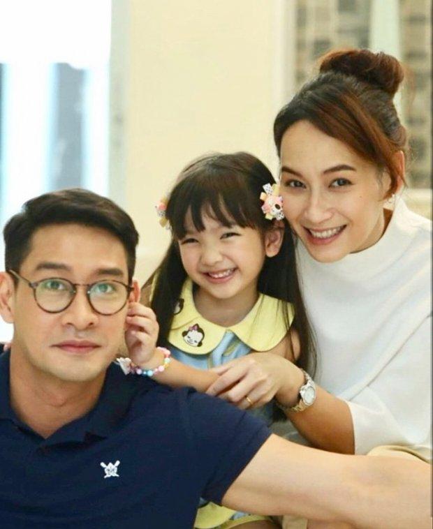 bee-namthip-pong-nawat-tai-hop-trong-phim-mia-2018nguoi-vo 6