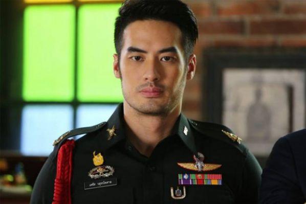 trai-tim-que-huong-phim-thai-con-ngau-hon-hau-due-ban-han 5