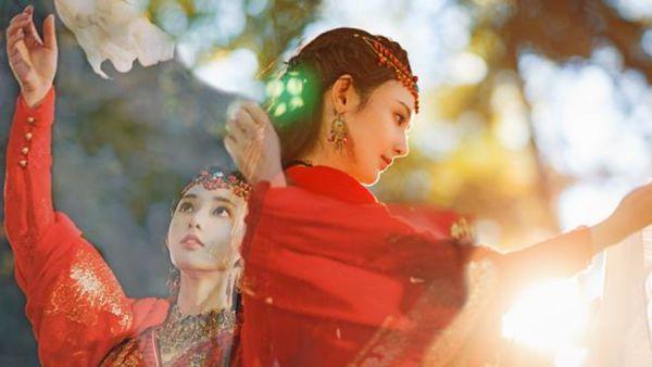 dong-cung-phim-chuyen-the-nguoc-tam-hot-nhat-sap-len-song 11