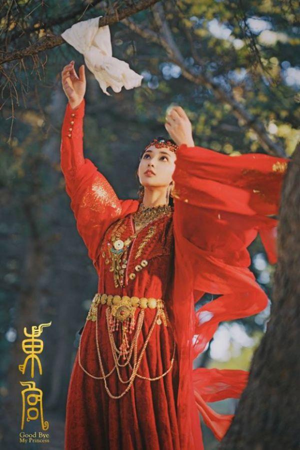 dong-cung-phim-chuyen-the-nguoc-tam-hot-nhat-sap-len-song 6