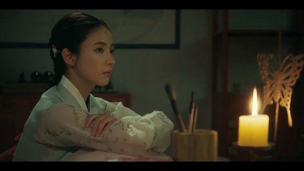 """Tại sao phải xem """"Nhà Sử Học Goo Hae Ryung"""" của Cha Eun Woo và Shin Se Kyung?9"""