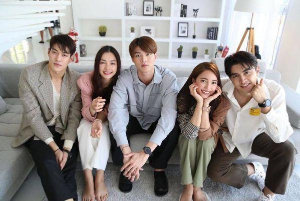 """Phim """"Praomook-Minh Châu Rực Rỡ"""" của Pon Nawasch và Bua Nalinthip 4"""