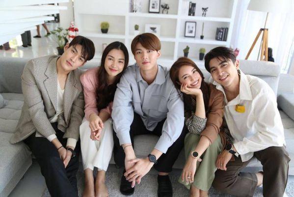 """Phim """"Praomook-Minh Châu Rực Rỡ"""" của Pon Nawasch và Bua Nalinthip 6"""